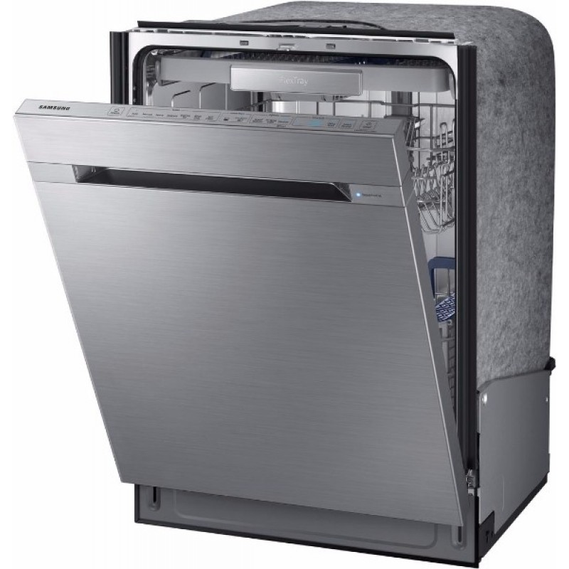 Samsung dw m us in top control dishwasher