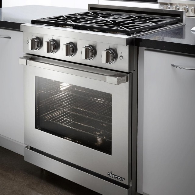 "Dacor RNRP30GS 30"" Renaissance Series Slide-In Gas Range with 4 Sealed SimmerSear Burners, 5.2 cu. ft. Capacity in Stainless Steel"